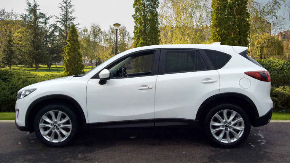 https://eu.cdn.autosonshow.tv/300/cambriaboltonmotorpark/MM12LKE/MAZDA__CX-5__D_SPORT_NAV__DIESEL__WHITE__2012__MM12LKE-e05_md.jpg