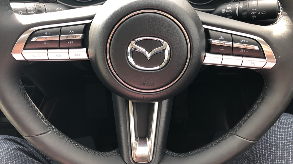 Mazda CX-30 2.0 Skyactiv-X MHEV GT Sport 5dr, Panoramic Roof, Rear Parking Camera, Heated Seats image 17
