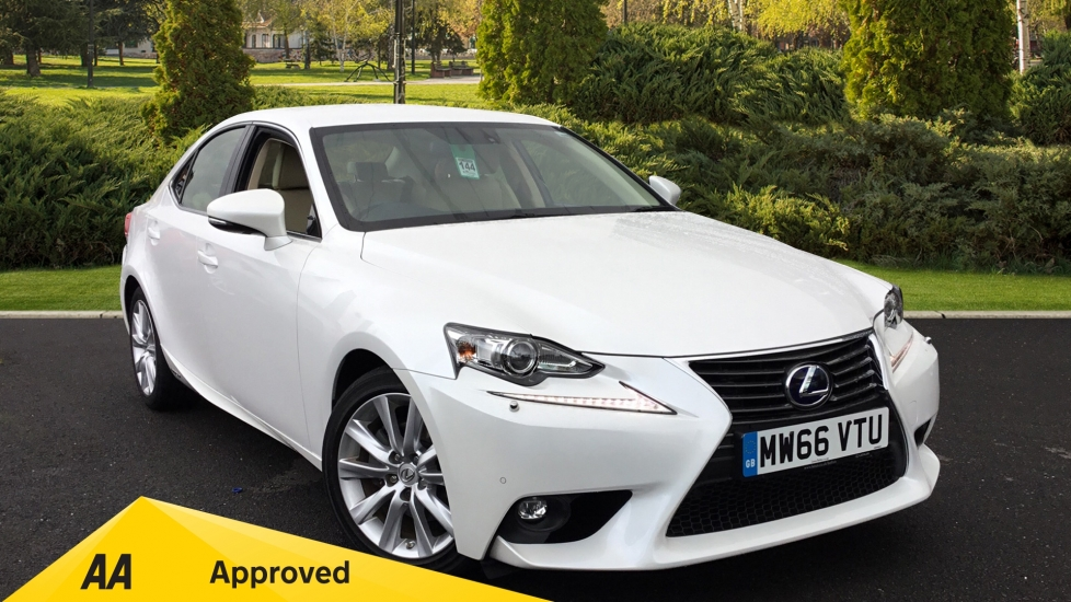 Lexus IS 300h Executive Edition CVT 2.5 Petrol/Electric Automatic 4 door Saloon (2016)