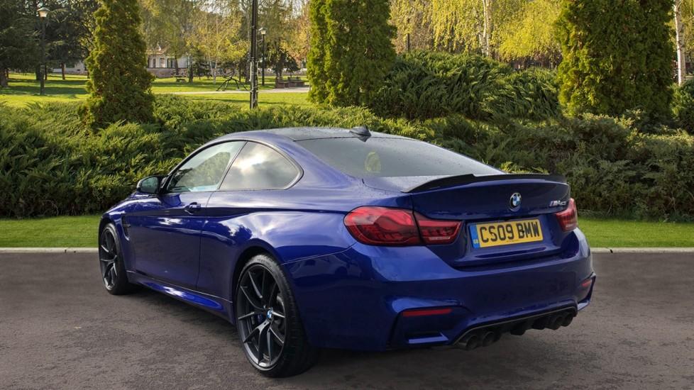 BMW M4 CS 2dr DCT image 2