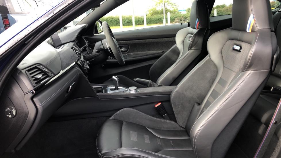 BMW M4 CS 2dr DCT image 3