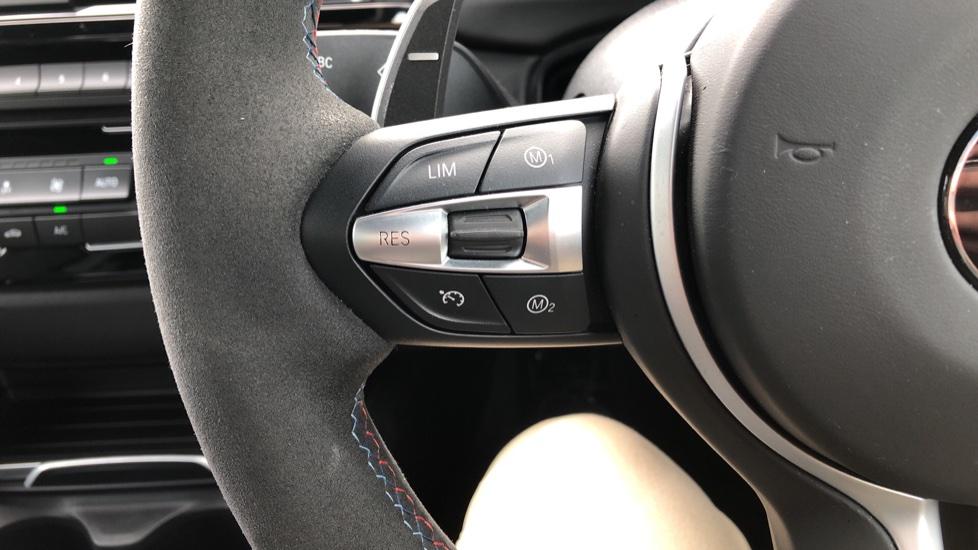 BMW M4 CS 2dr DCT image 18