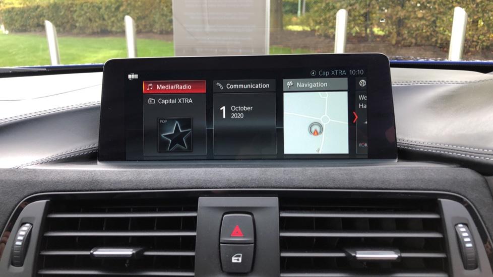 BMW M4 CS 2dr DCT image 22