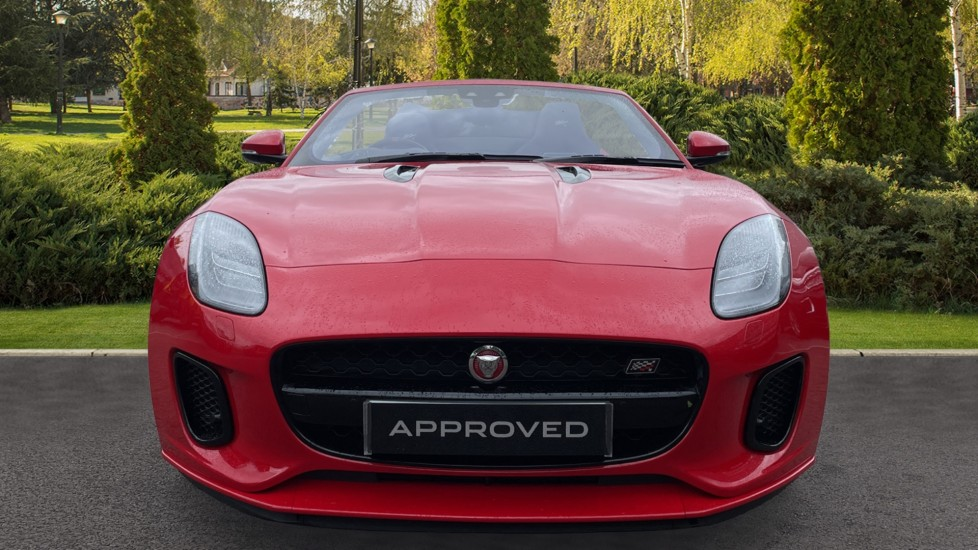 Jaguar F-TYPE 2.0 Chequered Flag 2dr image 7