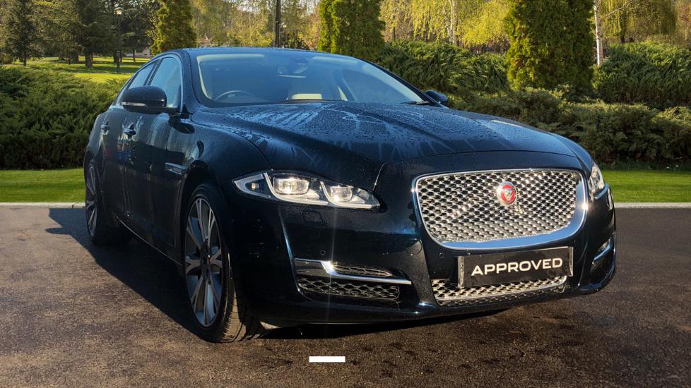 Jaguar XJ 3.0d V6 Portfolio Diesel Automatic 4 door Saloon (2016) image