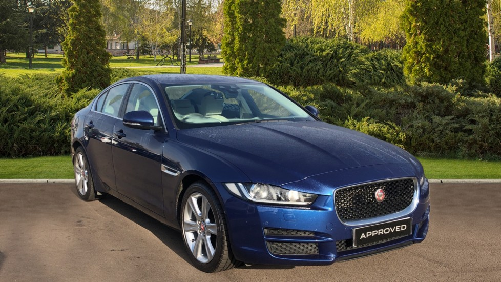 Jaguar XE 2.0 [240] Portfolio Automatic 4 door Saloon (2016)
