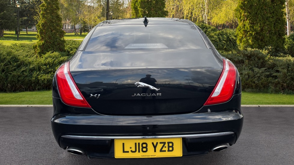 Jaguar XJ 3.0d V6 Luxury image 6 thumbnail