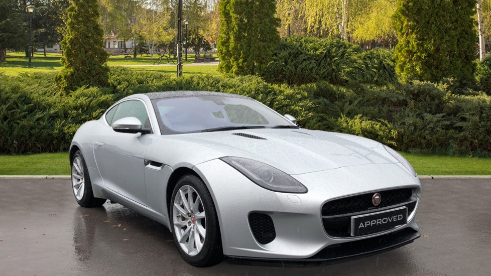 Jaguar F-TYPE 3.0 Supercharged V6 2dr Automatic Coupe (2017)