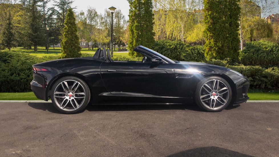 Jaguar F-TYPE 3.0 [380] Supercharged V6 R-Dynamic 2dr AWD image 5