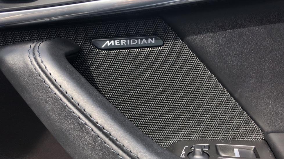 Jaguar F-TYPE 3.0 [380] Supercharged V6 R-Dynamic 2dr AWD image 12