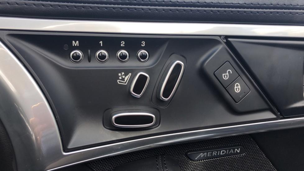 Jaguar F-TYPE 3.0 [380] Supercharged V6 R-Dynamic 2dr AWD image 13