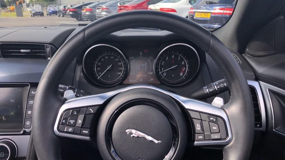 Jaguar F-TYPE 3.0 [380] Supercharged V6 R-Dynamic 2dr AWD image 15
