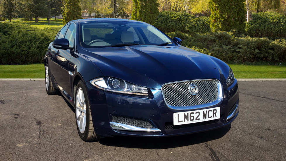 Jaguar XF 2.2d [200] Premium Luxury Diesel Automatic 4 door Saloon (2012) image