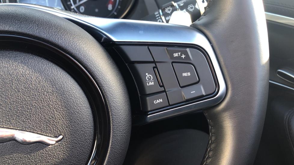 Jaguar F-TYPE 3.0 [380] Supercharged V6 R-Dynamic image 18