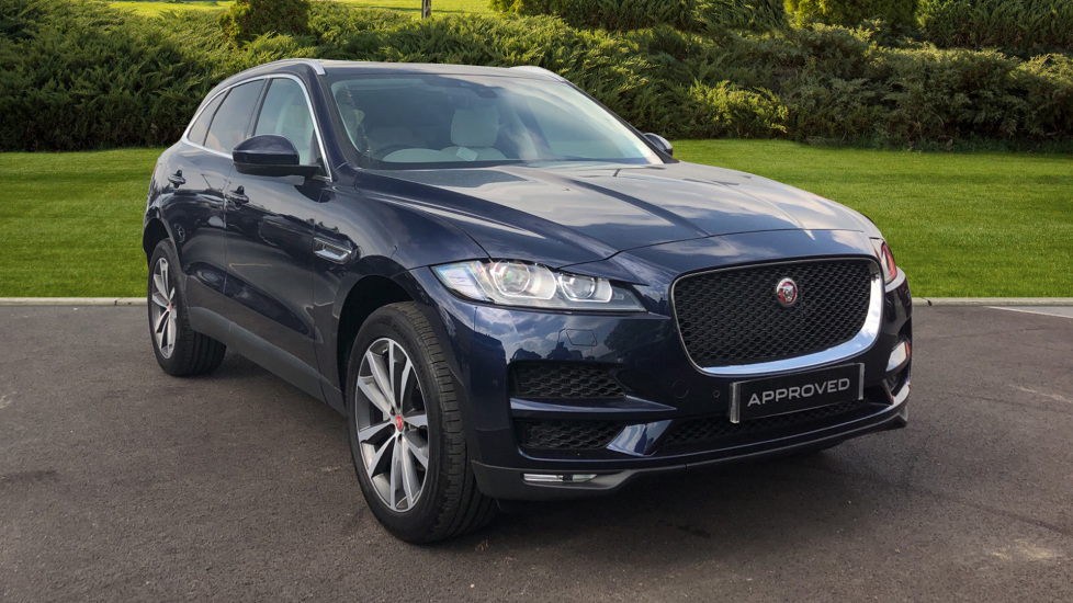 Jaguar F-PACE 2.0 Portfolio 5dr AWD Automatic Estate (2019)