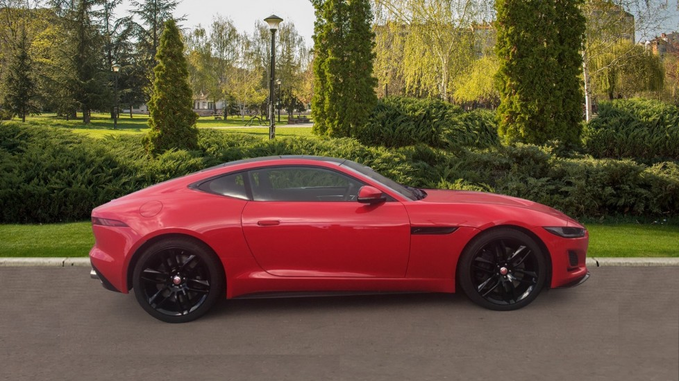 Jaguar F-TYPE 5.0 P450 Supercharged V8 R-Dynamic 2dr AWD image 5