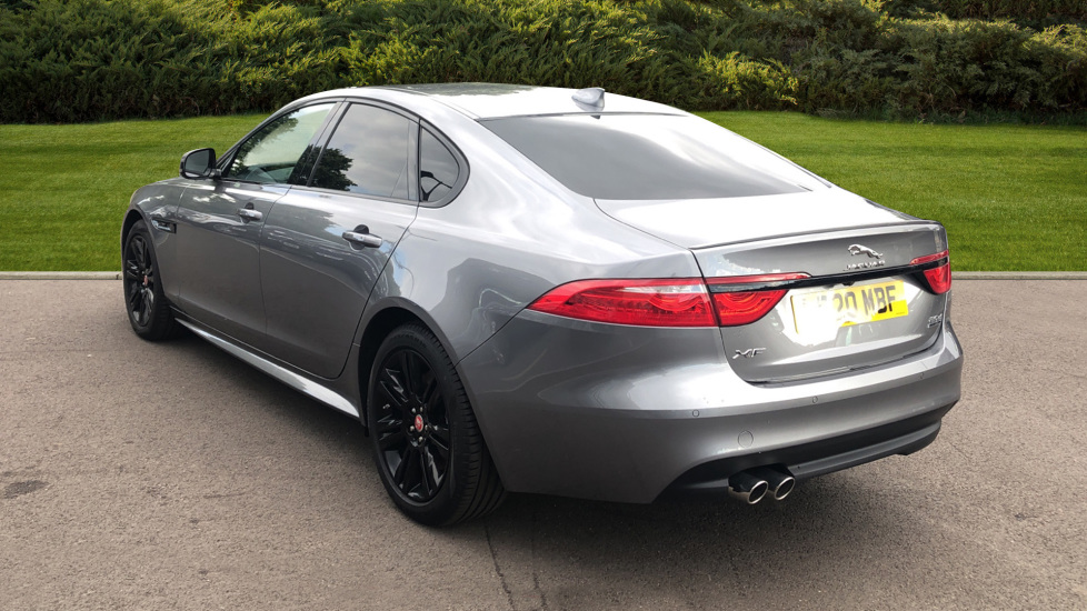 Jaguar XF 2.0d [180] Chequered Flag AWD image 2