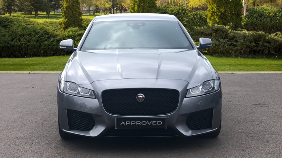 Jaguar XF 2.0d [180] Chequered Flag AWD image 7