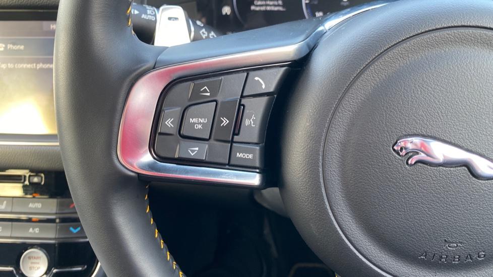 Jaguar XF 3.0D V6 300 Sport  image 22
