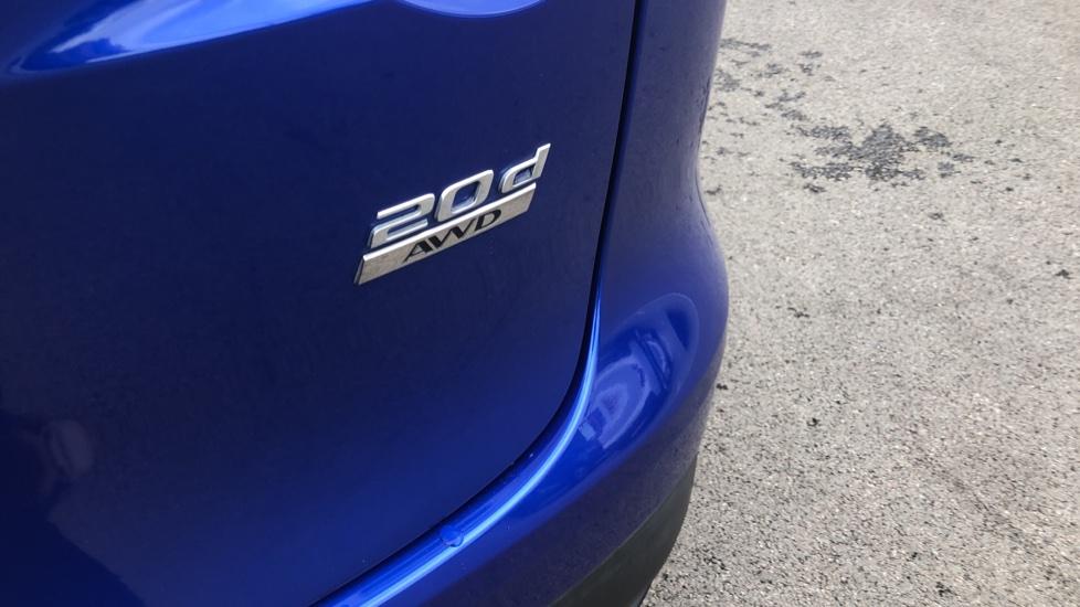 Jaguar F-PACE 2.0d Portfolio 5dr AWD image 10