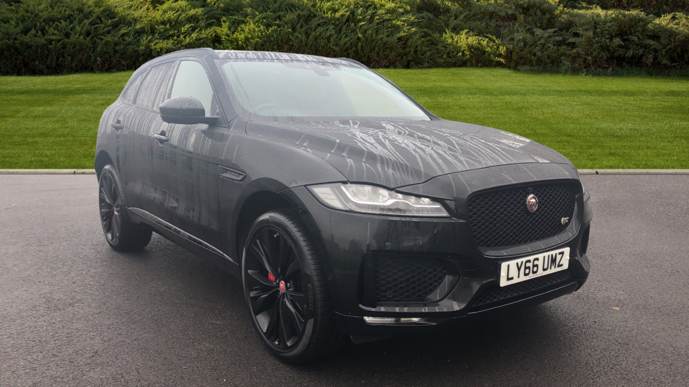 Jaguar F-PACE 3.0 Supercharged V6 S 5dr AWD Automatic Estate (2016) image