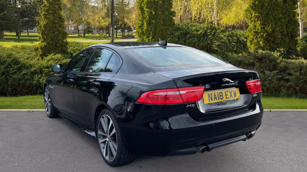 Jaguar XE 2.0 [250] R-Sport Heated front seats - Privacy glass image 2