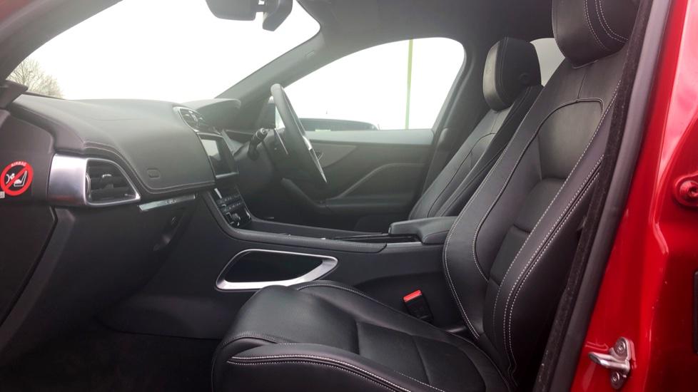 Jaguar F-PACE 3.0d V6 S 5dr AWD image 3