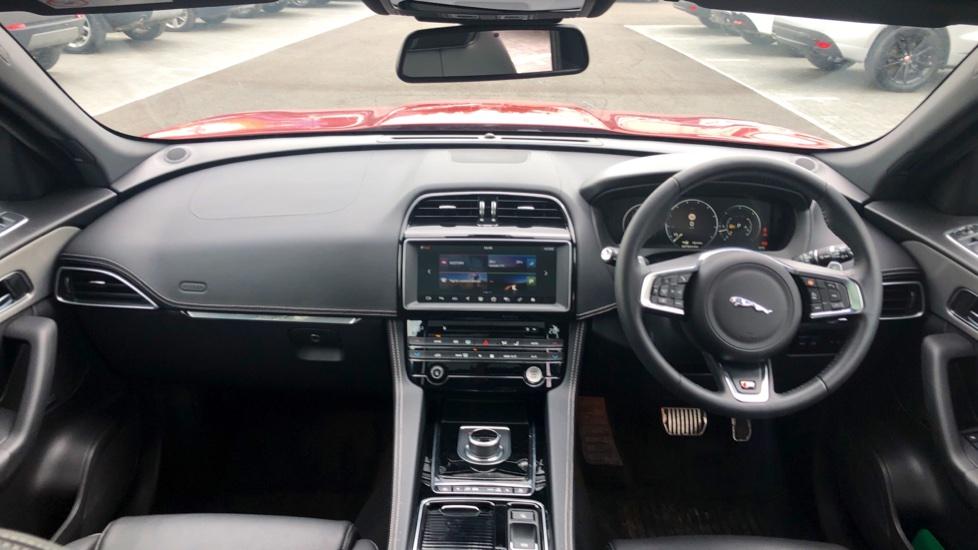 Jaguar F-PACE 3.0d V6 S 5dr AWD image 9
