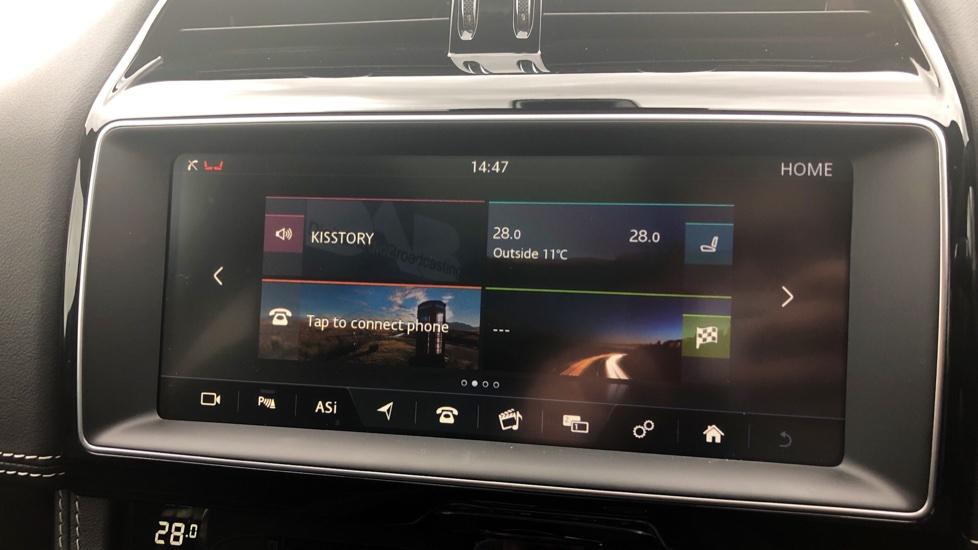 Jaguar F-PACE 3.0d V6 S 5dr AWD image 25