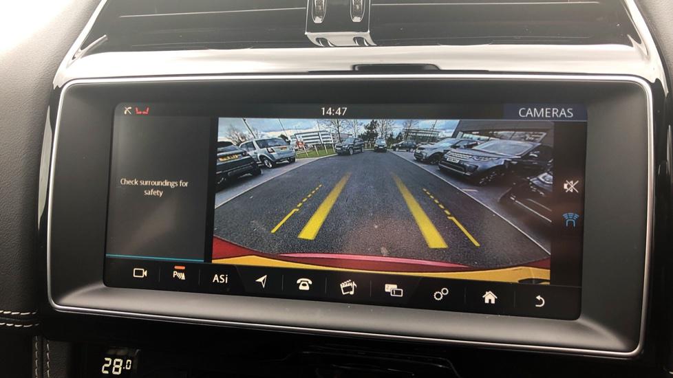 Jaguar F-PACE 3.0d V6 S 5dr AWD image 26