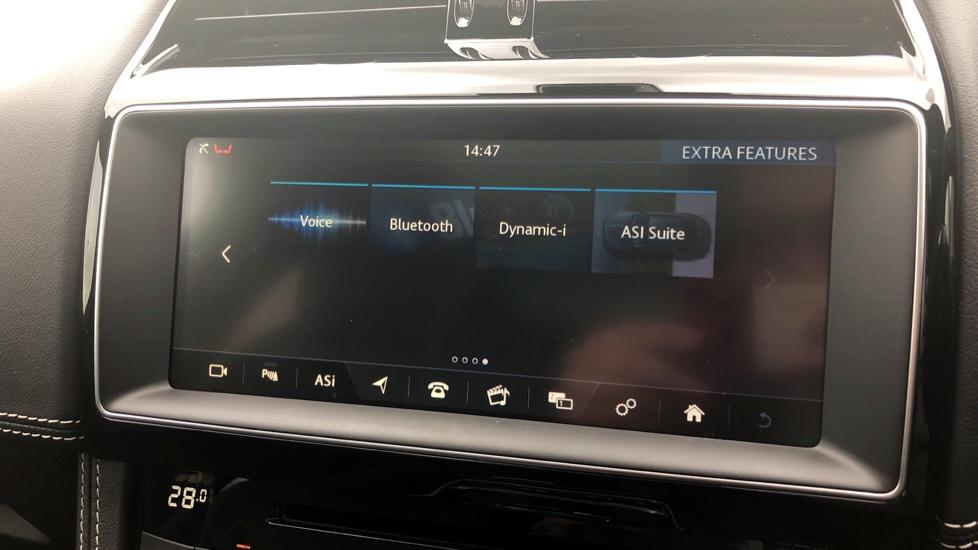 Jaguar F-PACE 3.0d V6 S 5dr AWD image 28