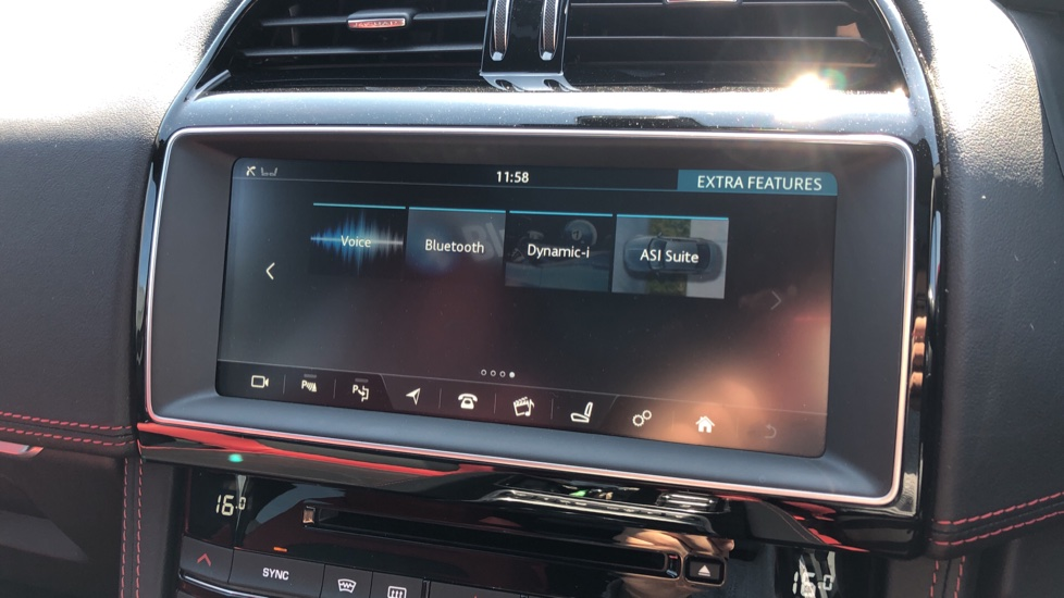 Jaguar F-PACE 3.0 Supercharged V6 S 5dr AWD image 26