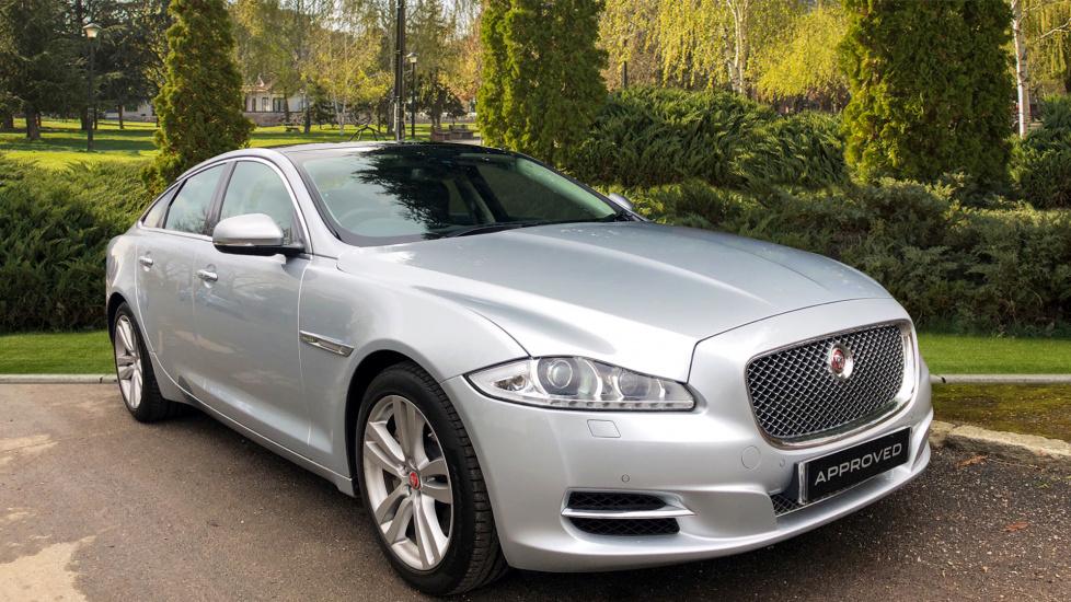 Jaguar XJ 3.0d V6 Premium Luxury [8] Diesel Automatic 4 door Saloon (2015) image