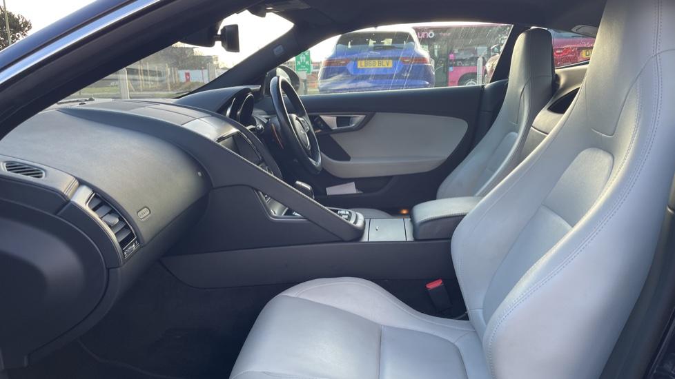 Jaguar F-TYPE 3.0 Supercharged V6 S 2dr AWD image 3