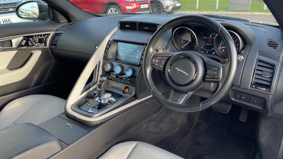 Jaguar F-TYPE 3.0 Supercharged V6 S 2dr AWD image 9