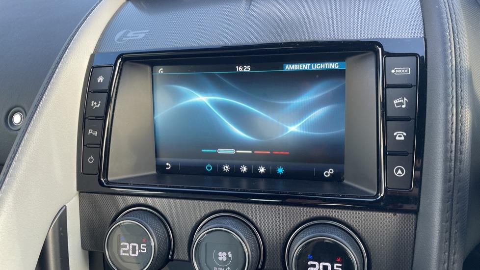 Jaguar F-TYPE 3.0 Supercharged V6 S 2dr AWD image 26