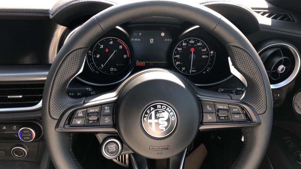 Alfa Romeo Stelvio 2.2 D 210 Veloce 5dr Auto image 20