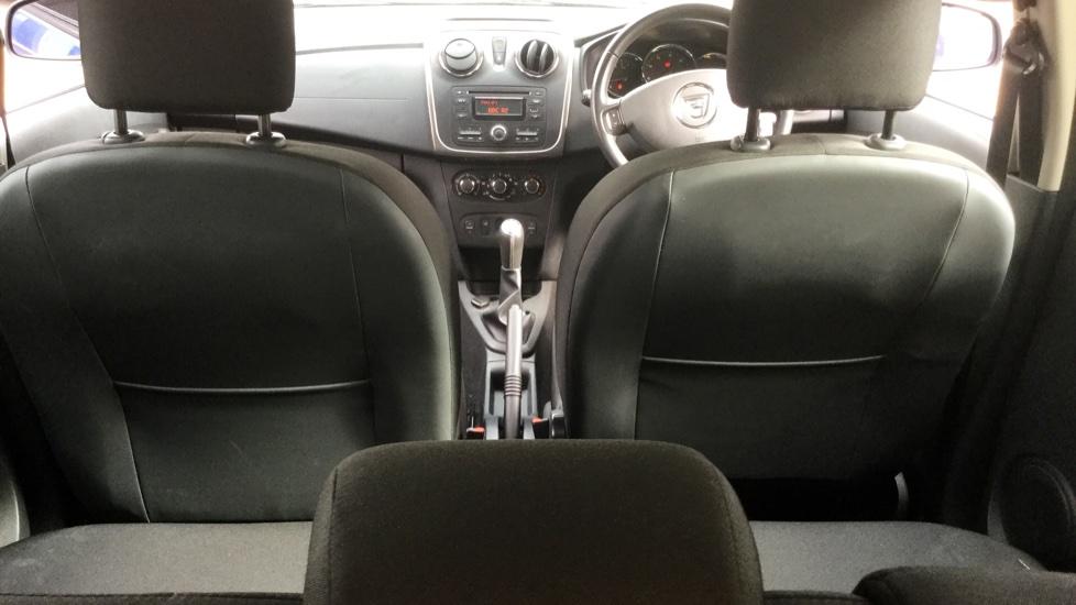 Dacia Sandero 1.2 16V Laureate 5dr image 10
