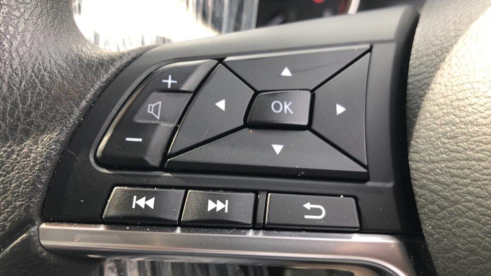 Nissan Micra 0.9 IG-T Acenta 5dr - Bluetooth & Apple CarPlay image 11