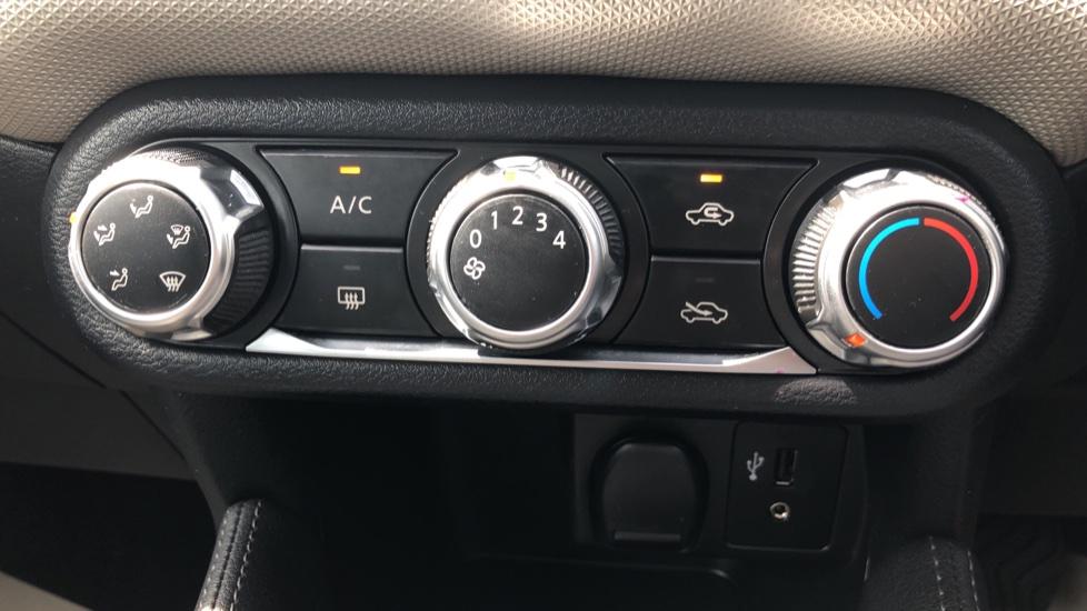 Nissan Micra 0.9 IG-T Acenta 5dr - Bluetooth & Apple CarPlay image 13
