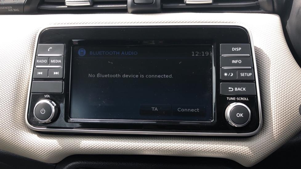 Nissan Micra 0.9 IG-T Acenta 5dr - Bluetooth & Apple CarPlay image 16
