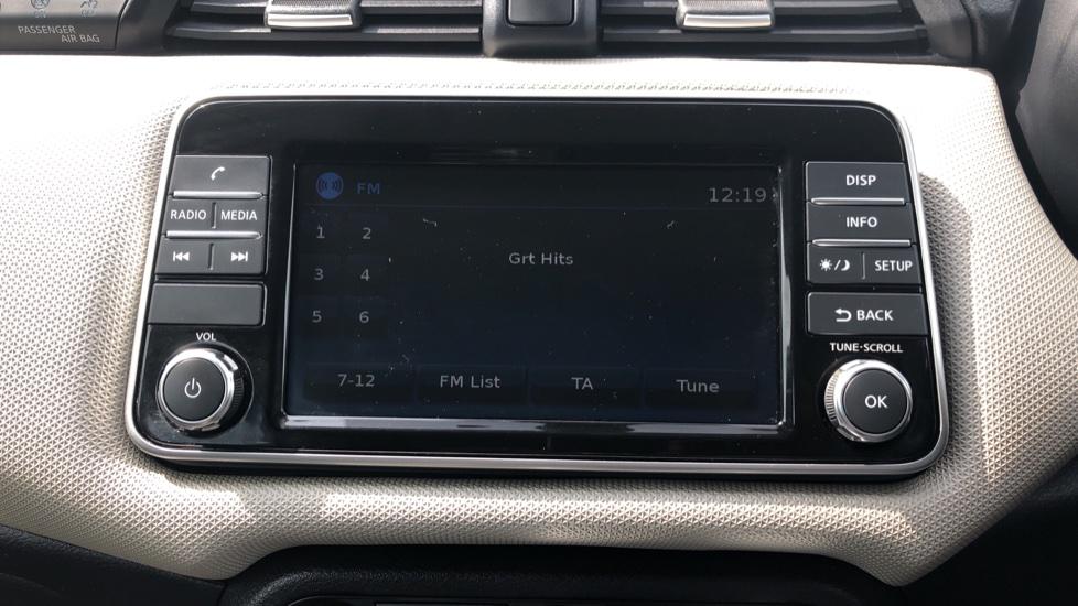 Nissan Micra 0.9 IG-T Acenta 5dr - Bluetooth & Apple CarPlay image 17