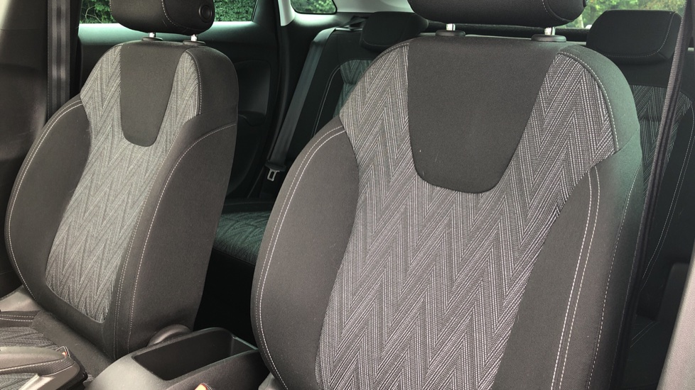 Vauxhall Crossland X 1.2T [110] Griffin [6 Spd] [Start Stop] - Cruise Control, Apple CarPlay & Android Auto image 4