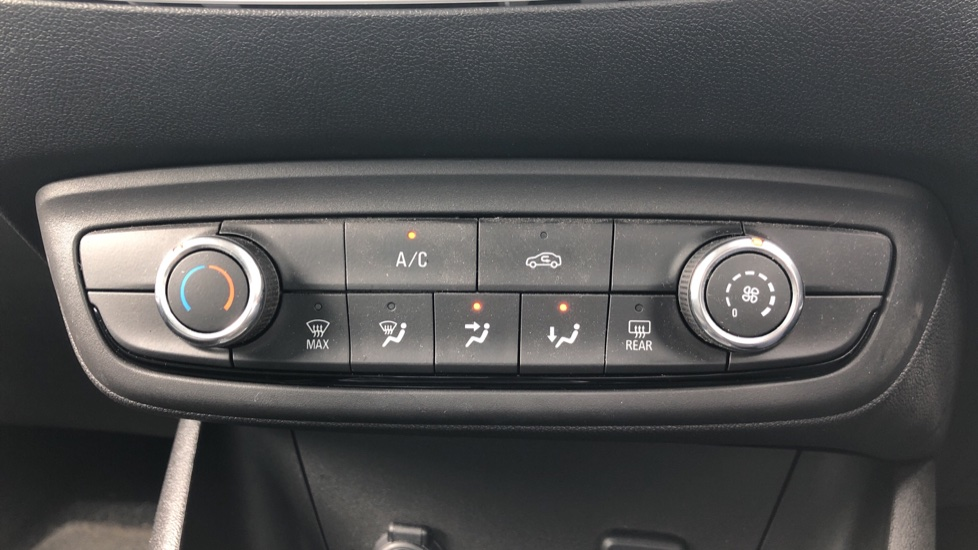 Vauxhall Crossland X 1.2T [110] Griffin [6 Spd] [Start Stop] - Cruise Control, Apple CarPlay & Android Auto image 15