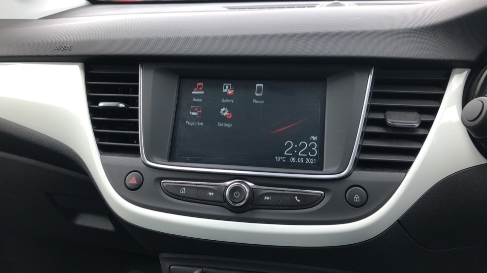 Vauxhall Crossland X 1.2T [110] Griffin [6 Spd] [Start Stop] - Cruise Control, Apple CarPlay & Android Auto image 16