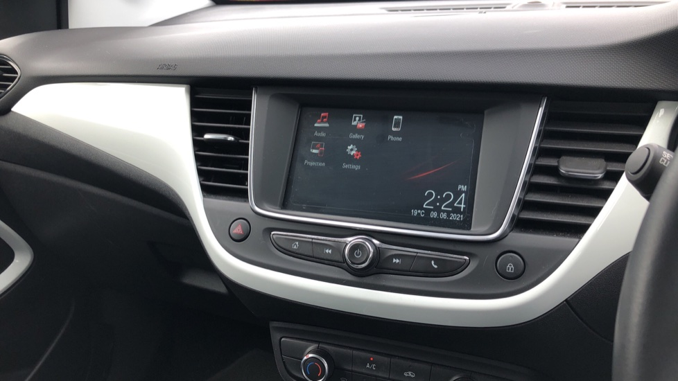 Vauxhall Crossland X 1.2T [110] Griffin [6 Spd] [Start Stop] - Cruise Control, Apple CarPlay & Android Auto image 22