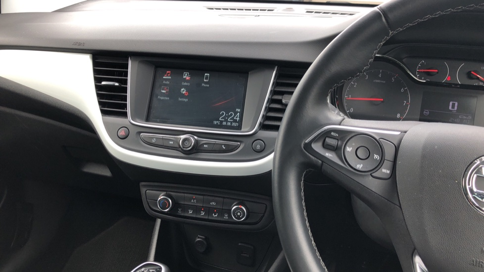 Vauxhall Crossland X 1.2T [110] Griffin [6 Spd] [Start Stop] - Cruise Control, Apple CarPlay & Android Auto image 23