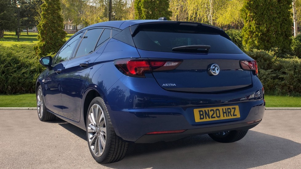 Vauxhall Astra 1.2 Turbo 145 SRi VX-Line Nav 5dr - Satellite Navigation, Parking Sensors & DAB Radio image 2