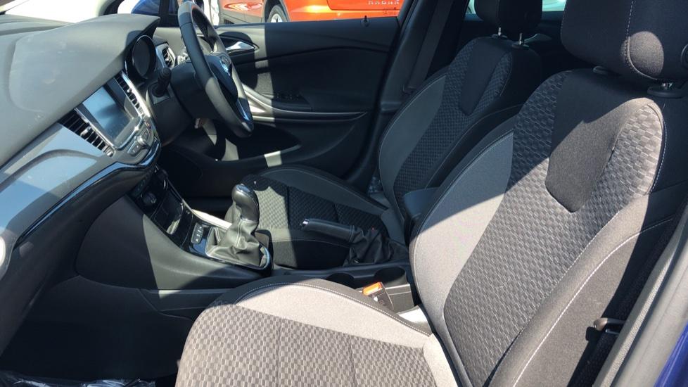 Vauxhall Astra 1.2 Turbo 145 SRi VX-Line Nav 5dr - Satellite Navigation, Parking Sensors & DAB Radio image 3