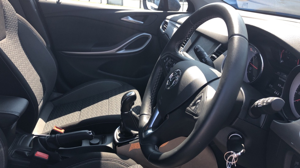Vauxhall Astra 1.2 Turbo 145 SRi VX-Line Nav 5dr - Satellite Navigation, Parking Sensors & DAB Radio image 12